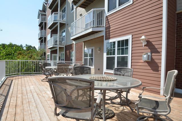 Blackberry Point Apt. - Sundeck