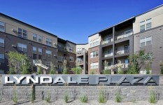 Lyndale Plaza - Building Sign Front Shot