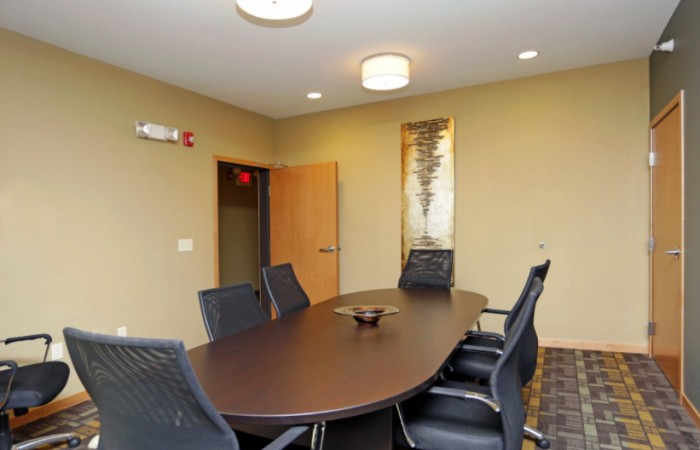 Lyndale Plaza - Meeting Room