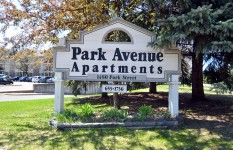 Park Ave. Apt - Sign
