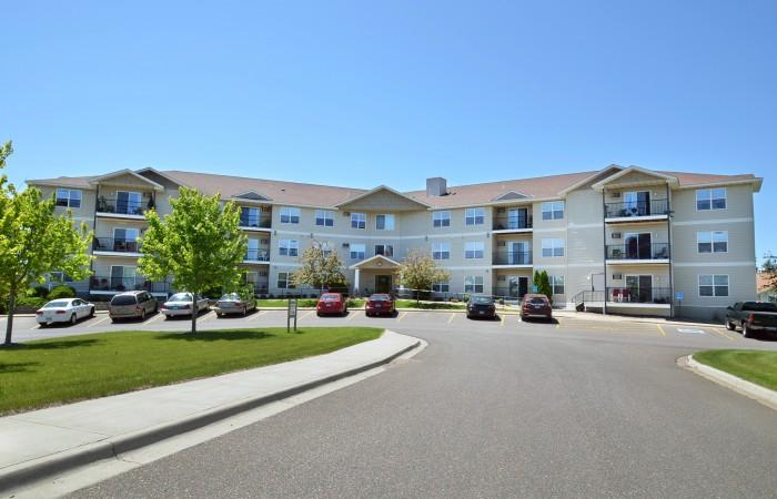 Arbor Glen - Building Front