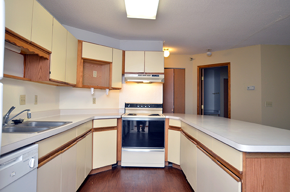 Linnet Circle Apt. - Kitchen web