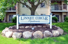 Linnet Circle Apt. - Sign web